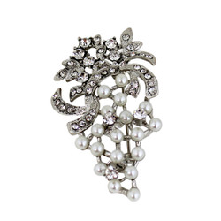 Pearly Grapes Brooch with Crystals