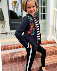 Girl's Stripe Detail Sweatpants Soft and Comfy Black Medium