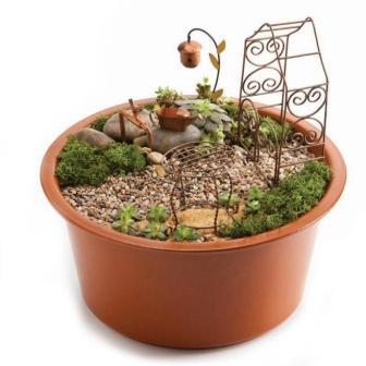 Aged Copper Fairy Garden (EEI489420)