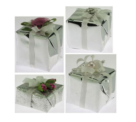 Image illustrates the variety of possible packages available.  Each is a variation on a silver paper wrapping with assorted bows and accents.
