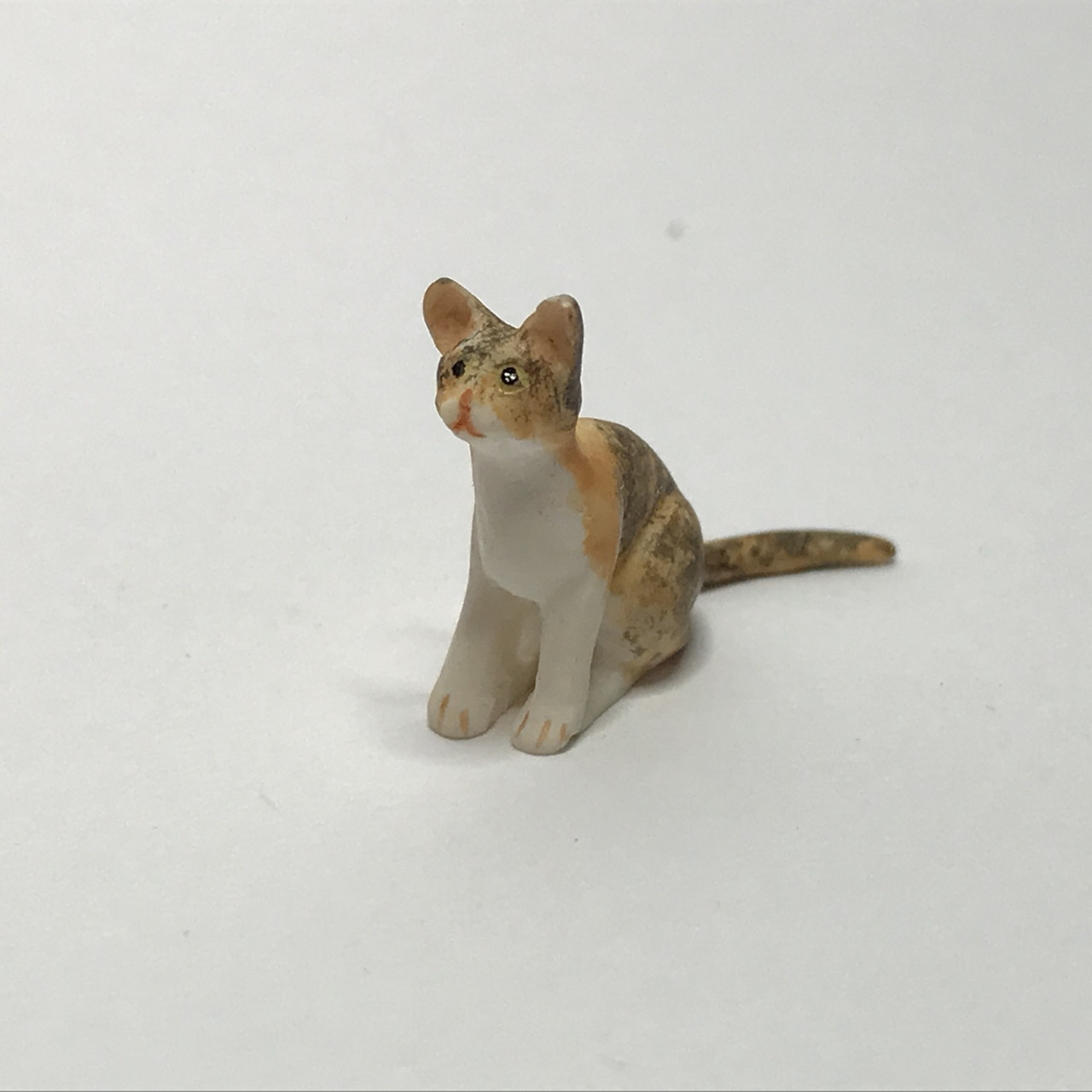 Dollhouse Miniature Orange Tabby Cat with Kittens by Falcon Miniatures