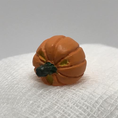 Dollhouse Miniature Small Pumpkin, Lying on Side (AZT8676D)