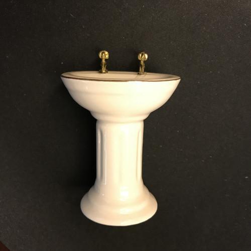 Dollhouse miniature pedestal sink