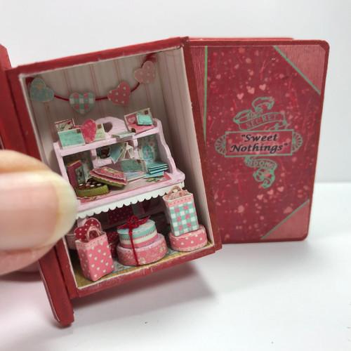 Sweet Nothings Secret Book (UFN0104) in hand