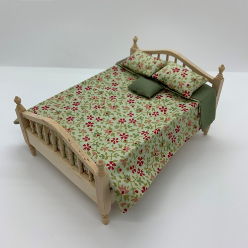 Dollhouse Miniature Reversible Bed Spread (LLAC333); bedding only (bed sold separately)