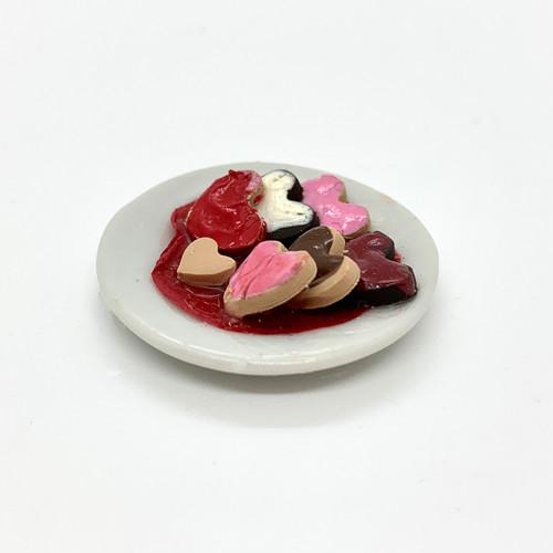 Dollhouse Miniature Valentine Cookies (RND180)