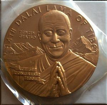 UNITED STATES 14th DALAI LAMA OF TIBET 3'' AND 1 1/2'' BRONZE MEDAL