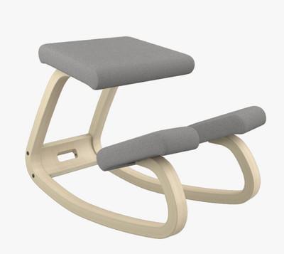 Varier balans Kneeling Chair Natural Ash Frame Revive Grey Fabric