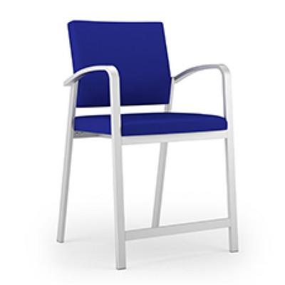 Newport Oversized Hip Chair