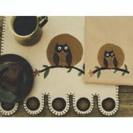 """Autumn Owl Nutmeg 45"""" Table Runner"""