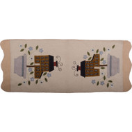 Saltbox and Flowers Cream Table Runner