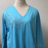 Feather Decor 3/4 Sleeve V neck Tunic