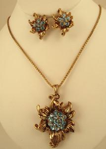 Antique Gold plated necklace with Aquamarine Blue cubic zirconia stones-ATQ203