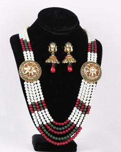 Traditional Rajwadi Set with matching Earrings
