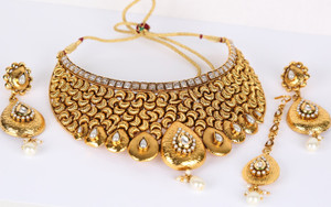 Indian Bollywood Style handcrafted traditional Fashion Necklace White CZ Gold Plated Bridal Jewelry Set