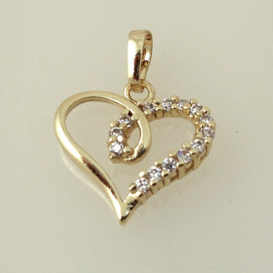 18 karat Gold plated Heart shaped pendant