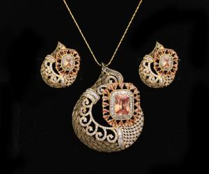 Women's Unique Handcrafted Golden Look Indian Designed Pendant Set with Topaz Stones jewelry