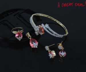 Light pink pendant bangle & earrings set