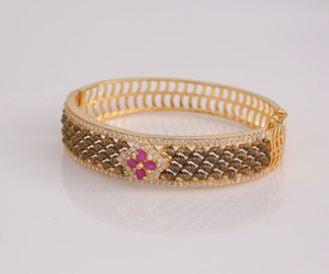 High quality luxury bangle for party Bracelet Ruby and Gold color Bridal wedding Jewelry for women