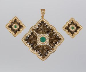 Antique Style Square Shape Charm Pendant Necklace Jewelry