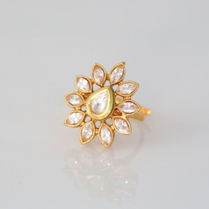 Gold plated Kundan ring with Floral theme