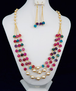 Multi color beaded and fresh water pearl necklace