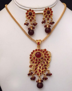 Antique Gold plated necklace with pendant embedded with red stones-15ATQP