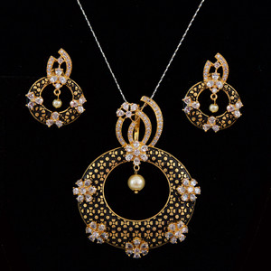 antique gold plated cz pendant