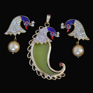 One Gram Gold Plated Peacock Design Tiger Nail  royal pendant earrings