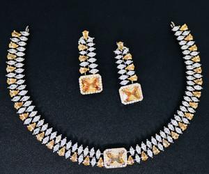 Vintage Silver choker necklace studded Topaz stone