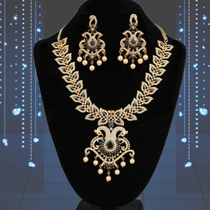Black stone studded floral haram necklace earrings