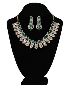 Emerald Green and Clear Crystal CZ Kundan Necklace