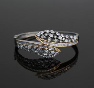 Women's Beautiful Design Marquise Clear CZ Black Tone Kada