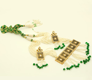 Handmade Green beaded Indian Meenakari Kundan necklace