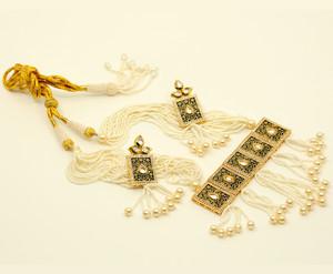 Handmade White beaded Indian Meenakari Kundan  necklace