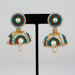 Clear Stones,Multicolor Beads Studded jhumka earrings