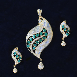 Unique Design Bollywood Fashion Handcrafted Emerald Green AD Pendant Earrings