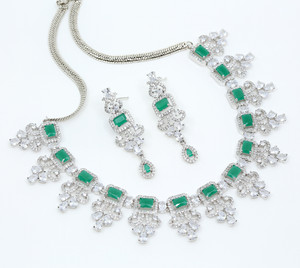 Wedding Gift Bride Jewelry Brass Rhodium Plated Emerald and Clear CZ Necklace