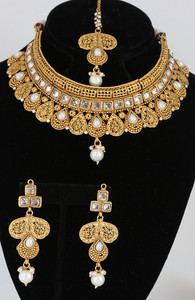 Clear and pearl fashion bridal jewelry