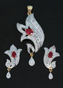 Fuchsia stone American diamond necklace