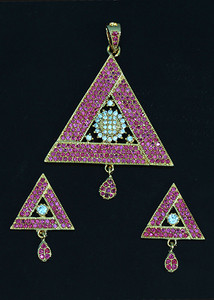 Fuchsia stone fashion jewelry