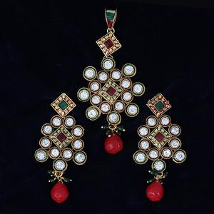 Indian Pakistani Ethnic Antique Gold Finish Kundan  Pendant Set
