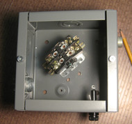 CE-40-24 Contactor set w/ NEMA1 enclosures NEMA 1 Enclosures. Magnetic contactor with Load rating up to 600V Max., 3-Pole, 40 amps. 24Volt Coil.