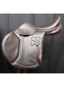 "Mac Rider Berlin 18"" Used Close Contact Saddle"