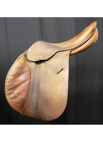 "Butet Jump Used 17"" Close Contact Saddle"
