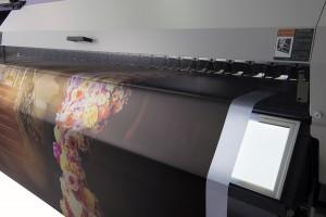 apc-mimaki-ujv55-320backlit-proofing-light.jpg