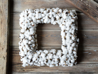 FAUX COTTON SQUARE WREATH - 19""