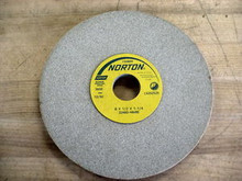 Norton #66253043724  8X1/2X1-1/4  32A60H8VBE Wheel