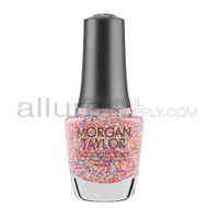 Morgan Taylor Nail Lacquer - Lots Of Dots