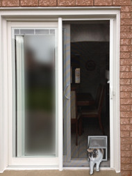 Screen Fit™ Pet Door
